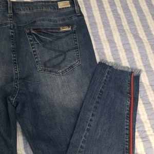 Seven7 mid rise ankle skinny jeans size 16